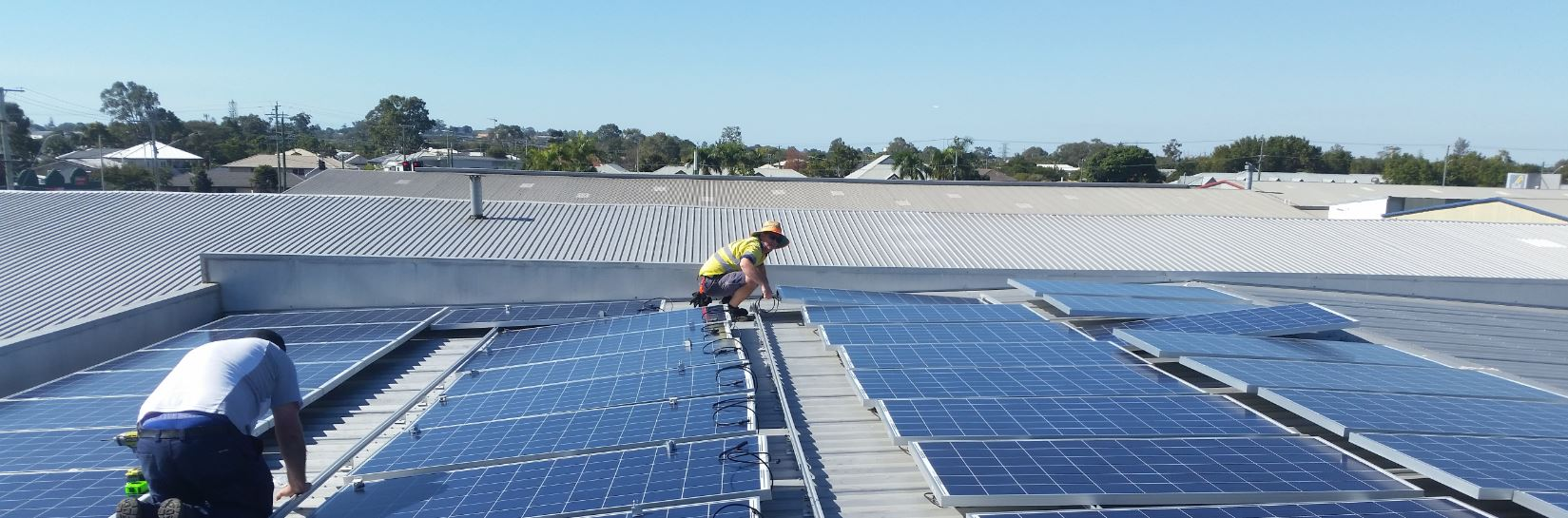 Design And Install Of Grid Connected Photovoltaic Systems